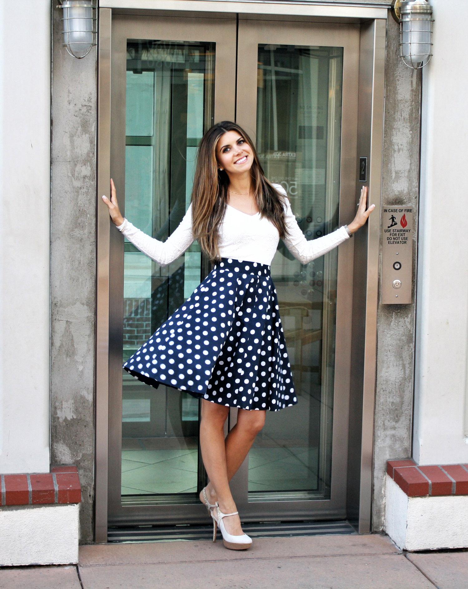 Polka Dot Skirt, Classy Outfit, Polka Dots,