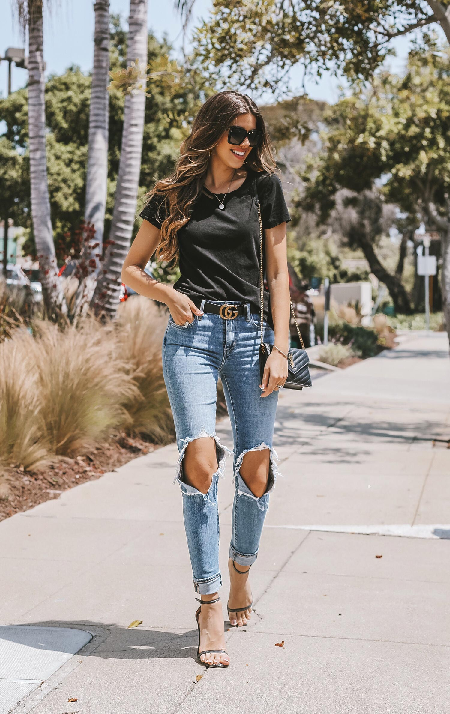 e2e940396cb Fashion   lifestyle blogger Adelina Perrin of The Charming Olive wearing  Levis Jeans